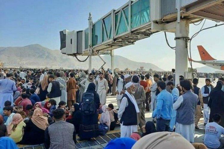 Rusya, şartlı olarak yaklaşık 1000 Afgan'ı ülkeye alacak