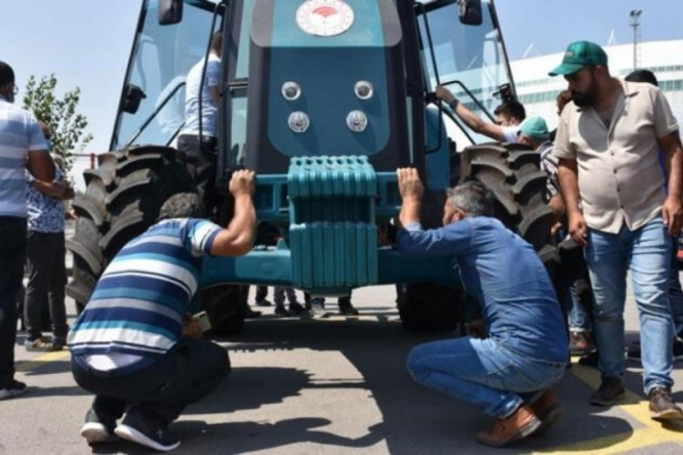 Türkiye'nin elektrikli traktörüne büyük ilgi!