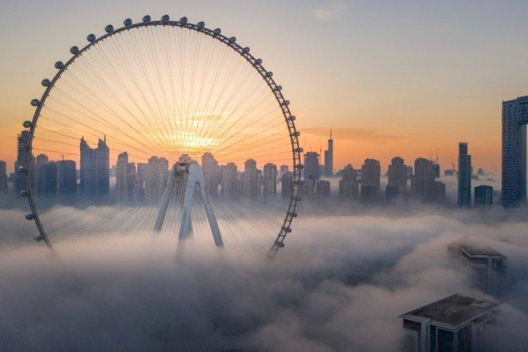 Dubai kentinde dünyanın en büyük dönme dolabının inşası bitti