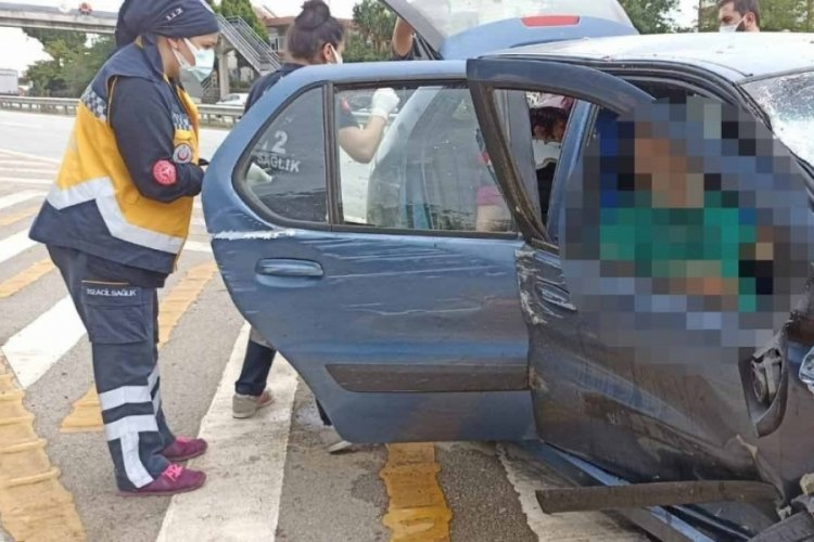 Çakmak isterken kaza yaptı: 1 ölü 3 yaralı
