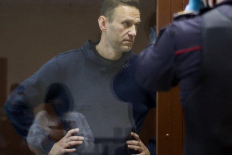 Navalni: Cezaevinde her gün zorla 8 saat devlet televizyonu izletiliyor; Artık psikolojik işkence var