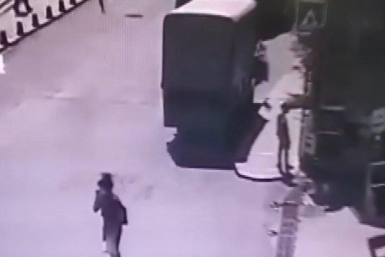 İstanbul Şişli'de kamyonet çalan hırsız yakayı ele verdi