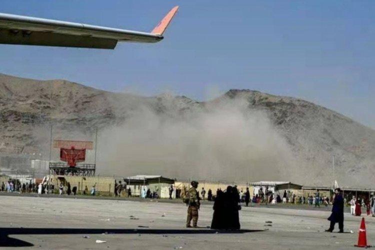 Kabil'de havalimanındaki saldırılarında ölenlerin sayısı 90'a çıktı
