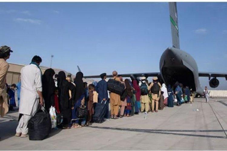 Kabil'de tahliye uçuşları tekrar başladı