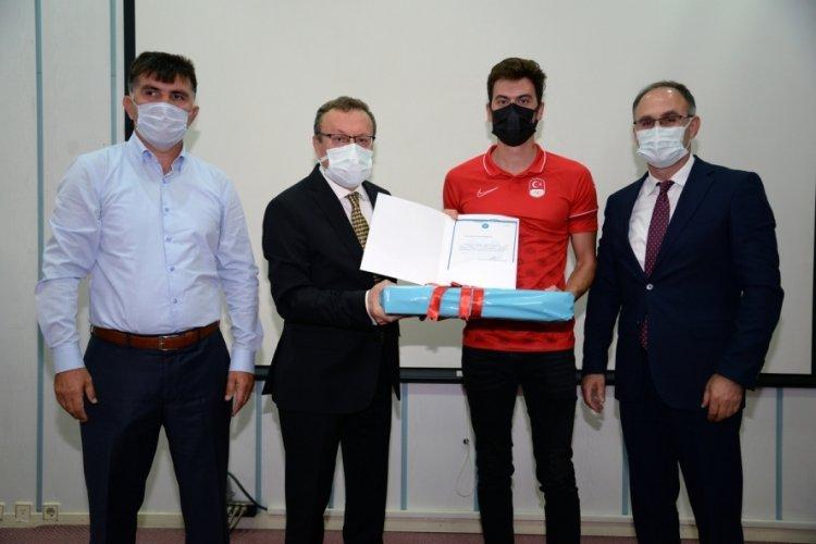 Olimpiyat yıldızlarına Bursa Uludağ Üniversitesi'nden ödül