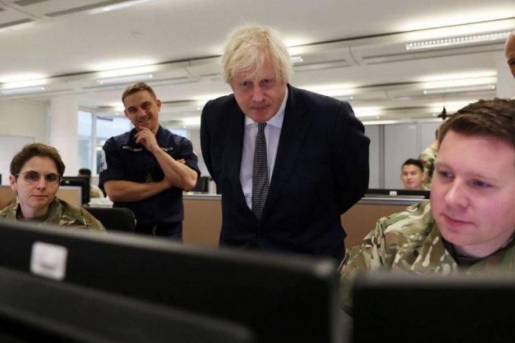 İngiltere hakkında skandal iddia! Kabil'de gizli belgeleri kaldı