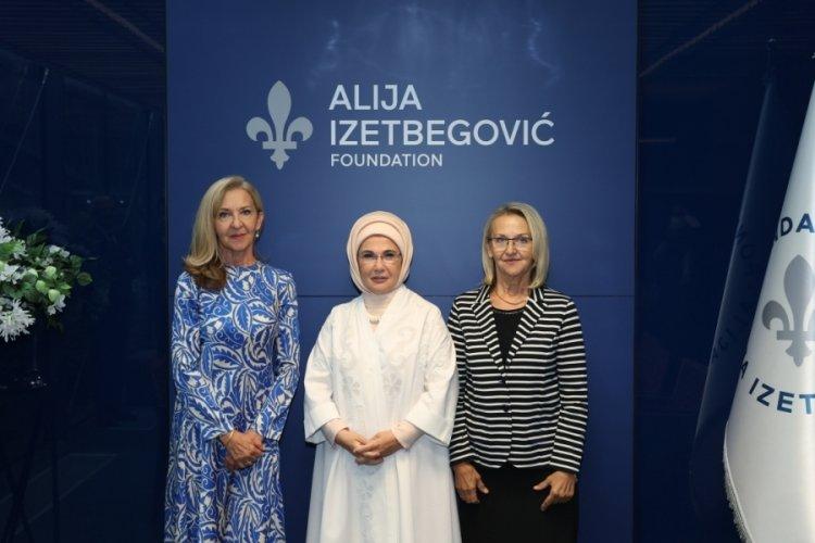 Emine Erdoğan, Bosna Hersek'te ziyaretlerde bulundu