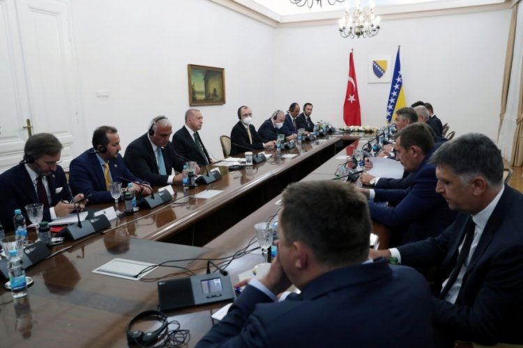 Cumhurbaşkanı Erdoğan, Bosna-Hersek'te heyetler arası görüşmeye katıldı