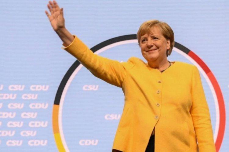 Merkel erkek başkanları geride bıraktı