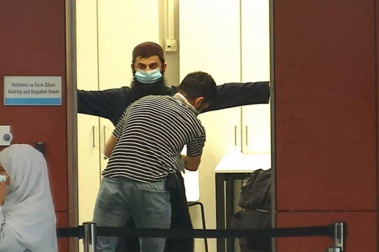 DEAŞ üyesi İstanbul Havalimanı'nda sahte pasaportla yakalandı!