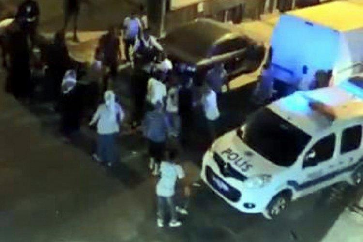 İstanbul Sultangazi'de polislere saldıran 8 kişi serbest!