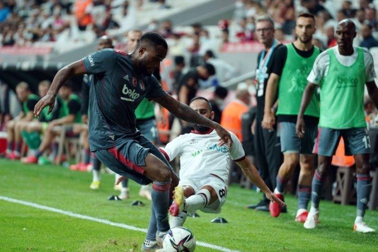 Beşiktaş, 10 kişiyle Fatih Karagümrük'ü mağlup etti