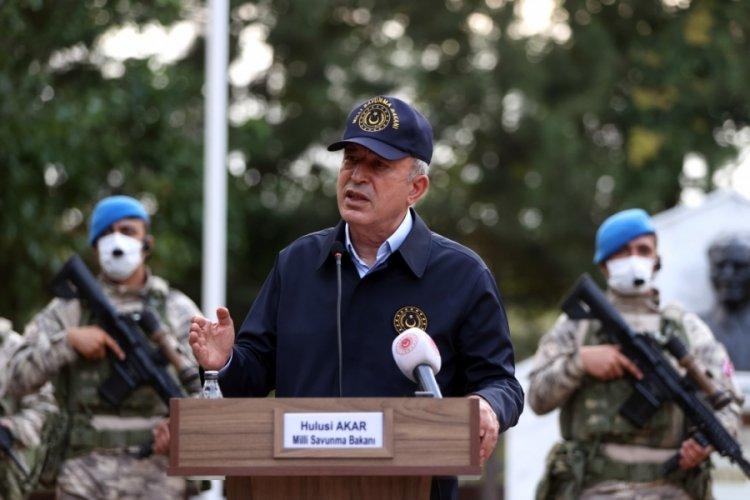 Bakan Akar'dan Yunanistan'a sert tepki