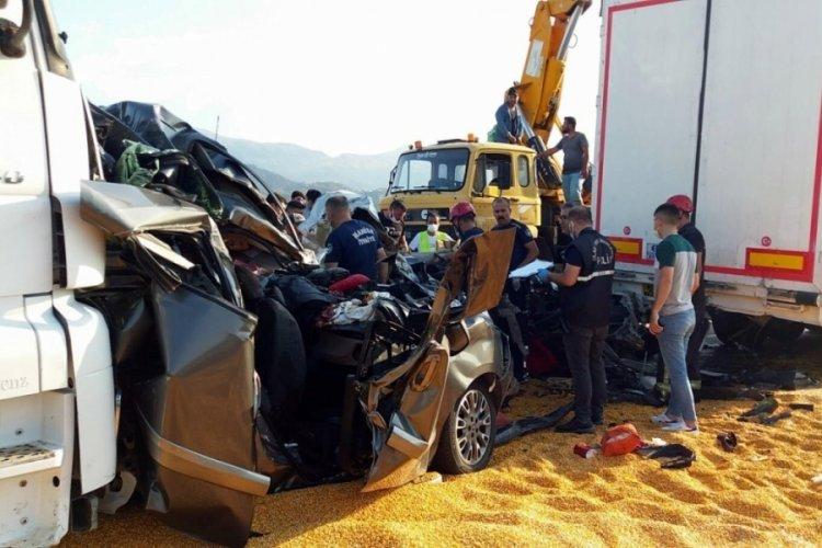 Manisa'da korkunç tır kazası