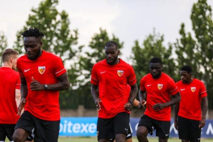 Kayserispor'da 6 futbolcunun sözleşmesi feshedildi