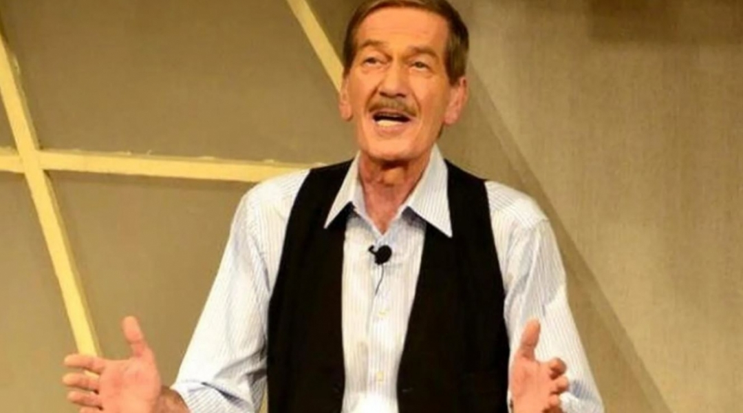 Tiyatrocu Ferhan Şensoy hayatını kaybetti