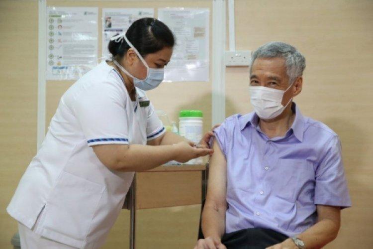 Singapur'da sağlık çalışanlarının başörtüsüne izin verildi