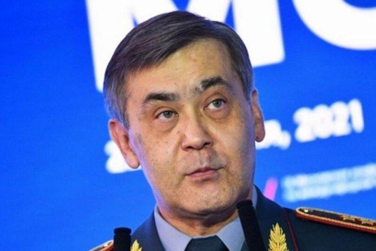 Kazakistan Savunma Bakanı istifa etti