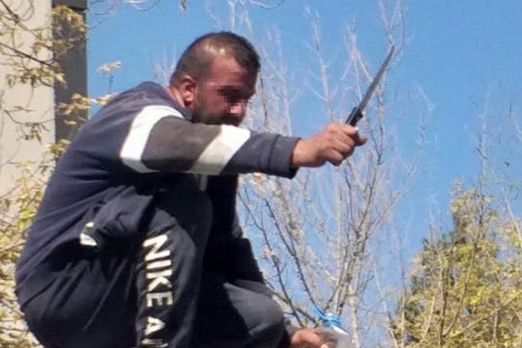 Erzurum'da benzin bidonu ve bıçakla intihara kalkışınca başsavcı ikna etti!