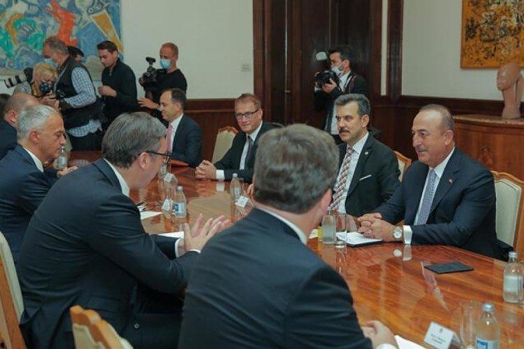 Dışişleri Bakanı Çavuşoğlu, Sırbistan Cumhurbaşkanı Vuçiç ile görüştü