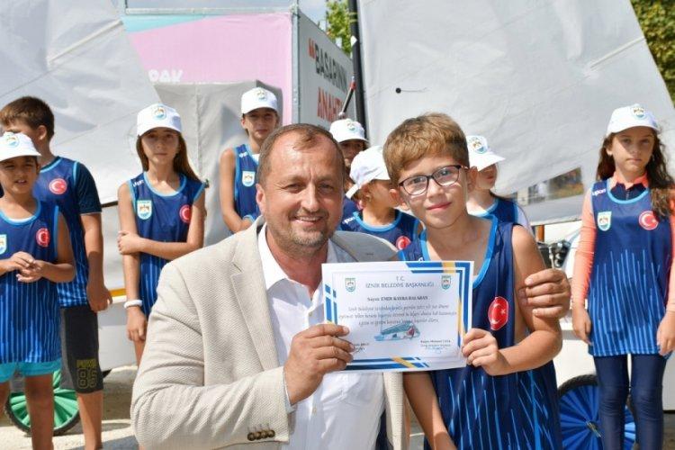 Bursa'da minik yelkenciler sertifika heyecanı yaşadı