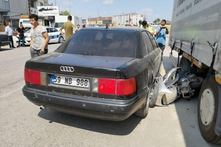 Bursa'da motosiklet parçalara ayrıldı