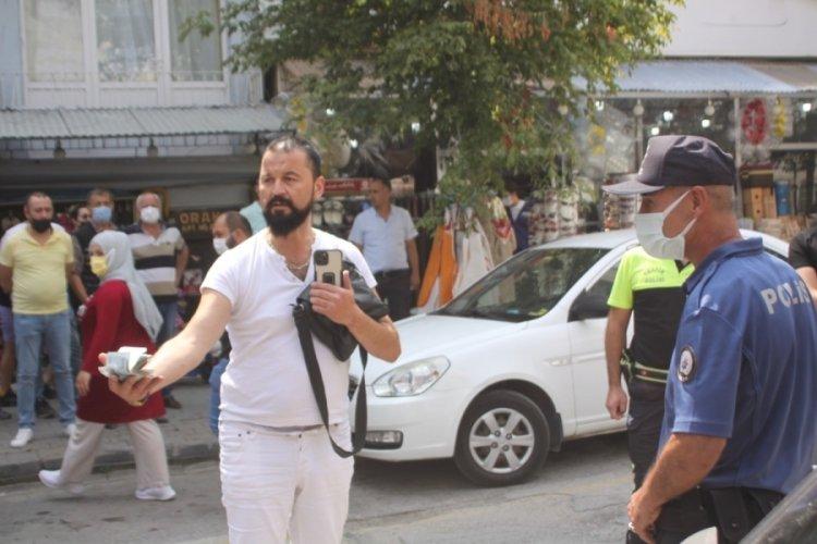 Bolu'da gözaltına almaya gelen ekiplere para teklif etti