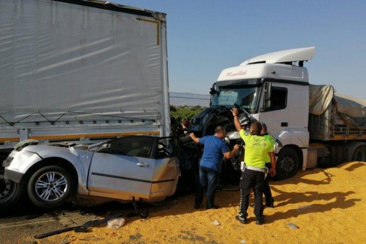 Manisa'da 3 kişinin öldüğü kazada tır sürücüsü tutuklandı
