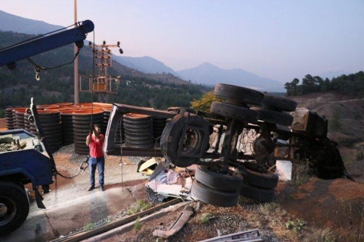 Adana Pozantı'da feci kaza: 4 kişi öldü