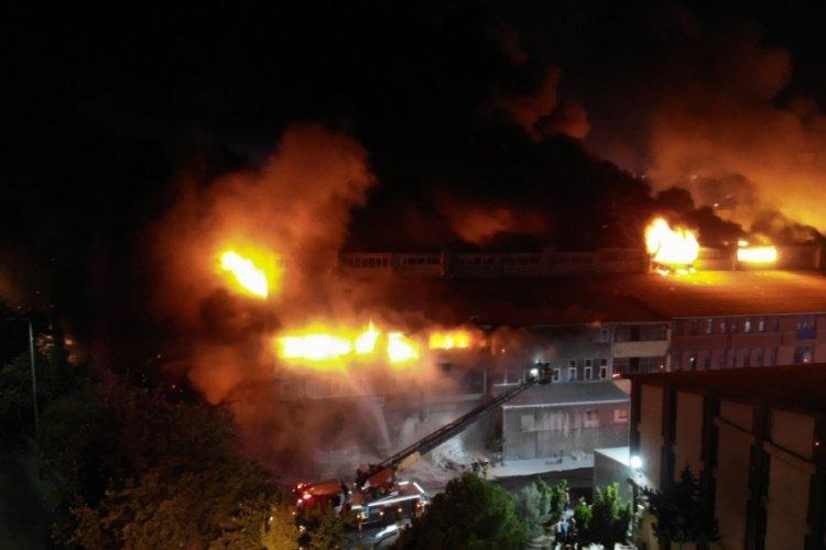 İstanbul İkitelli'deki fabrika yangınında bir kişi yaralandı