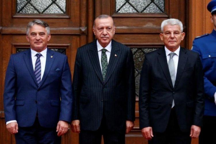 Cumhurbaşkanı Erdoğan'ın önünde tartışan Sırp üye Dodik'in görevden alınması çağrısı!