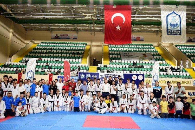 Bursa Yıldırım'da taekwondo rüzgarı esti