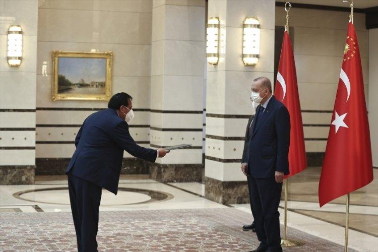 Bolivya Büyükelçisi, Cumhurbaşkanı Erdoğan'a güven mektubu sundu