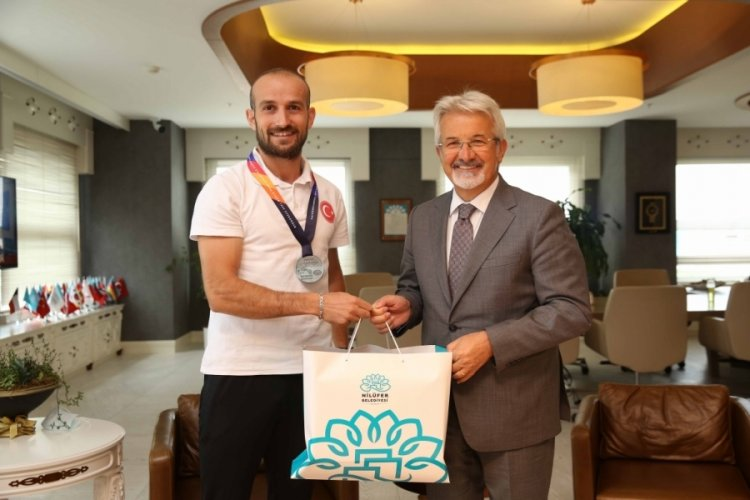 Bursa'da Nilüferli milli atlet finalde