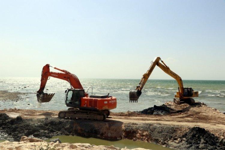Van Gölü 2 milyon 780 bin metreküp dip çamurundan arındırılıyor
