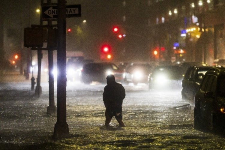 ABD'deki felakette can kaybı 14 oldu