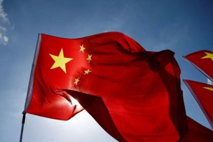 Çin, televizyon kanallarına yeni yasaklar: Anormal estetik tercihleri boykot etmeliyiz