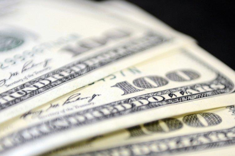 Enflasyon verisi doları yükseltti