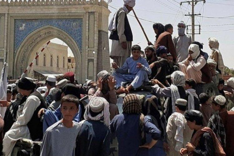 Pakistan ve İngiltere, Afganistan'daki son durumu değerlendirdi