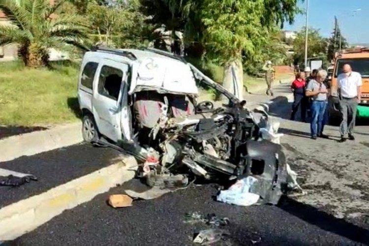 Kamyonla çarpıştılar: Feci kazada karı kocayı ölüm ayırdı