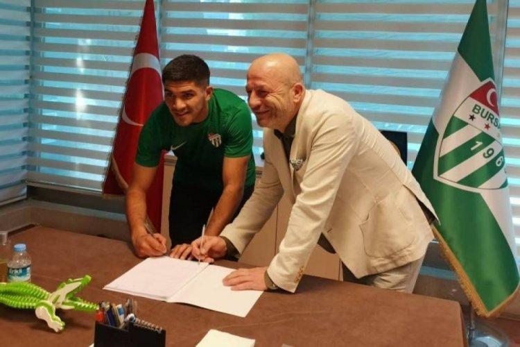 Zalazar resmi imzayı attı