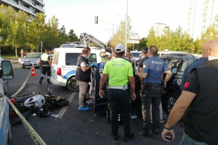 Son sürat giden motosiklet sürücüsü hayatını kaybetti