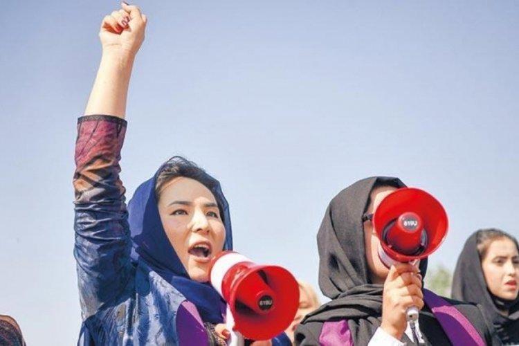 Afgan kadınlar başkaldırdı: Taliban bizi evde tutamazsın!