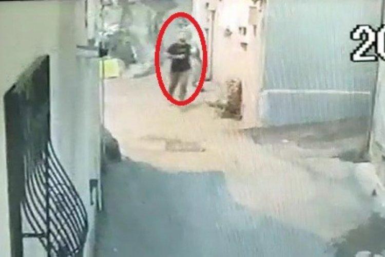 Bursa'da girdiği evde cinayet işleyen şahıs adliyeye sevk edildi