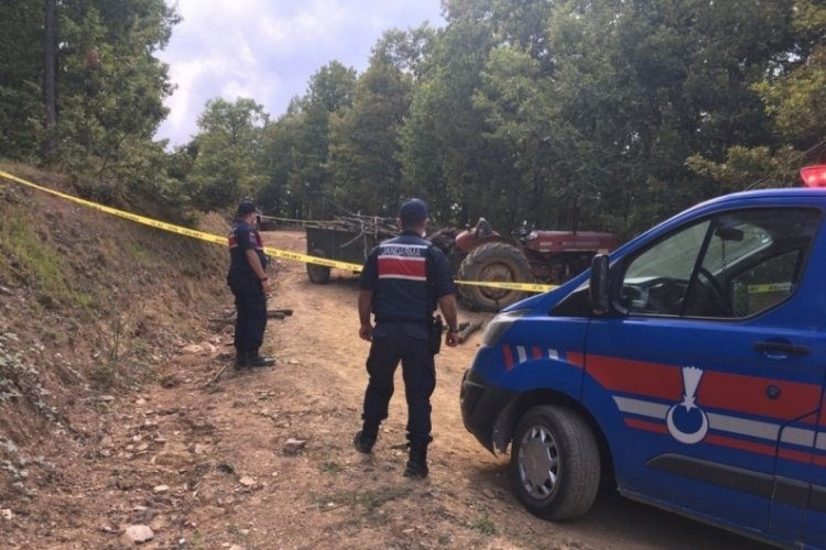 Traktörün altında kalan bekçi hayatını kaybetti