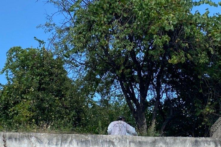 5 çocuk babası adamın cesedi ağaca asılı halde bulundu