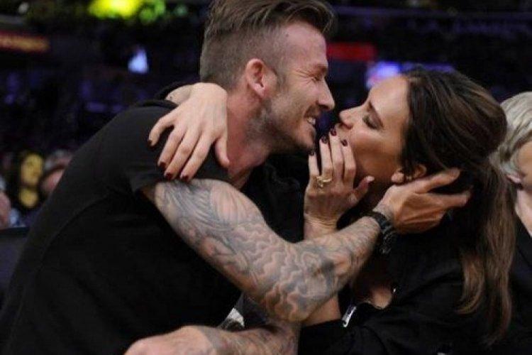 Victoria Beckham, eşi David Beckham'ın poposu paylaştı