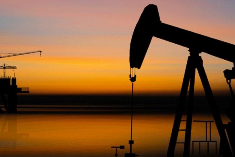Brent petrolün varili 71,65 dolardan işlem görüyor.
