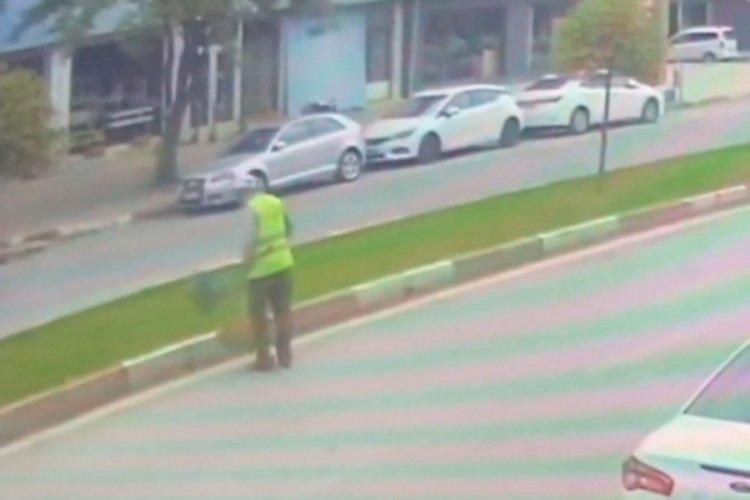 Bursa'da otomobil temizlik işçisine böyle çarptı