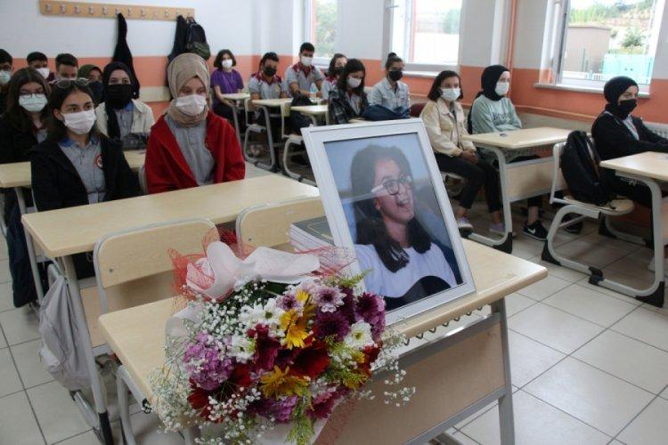 Tokat'ta yorgun mermi kurbanı Büşra, okulun ilk gününde anıldı